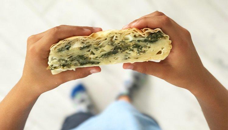 Yağsız sağlıklı ıspanaklı Börek